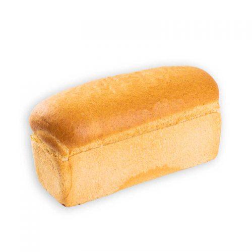 Tarvo brood koop je bij Bakkerij Maxima op Urk.