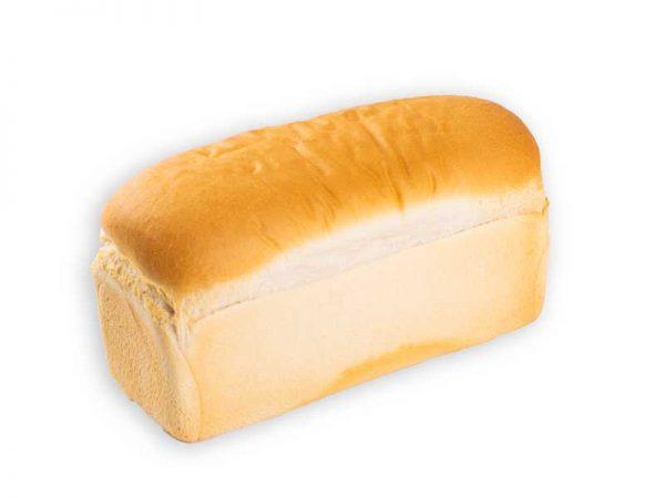 Heerlijk witbrood voorgesneden bij Bakkerij Maxima op Urk.